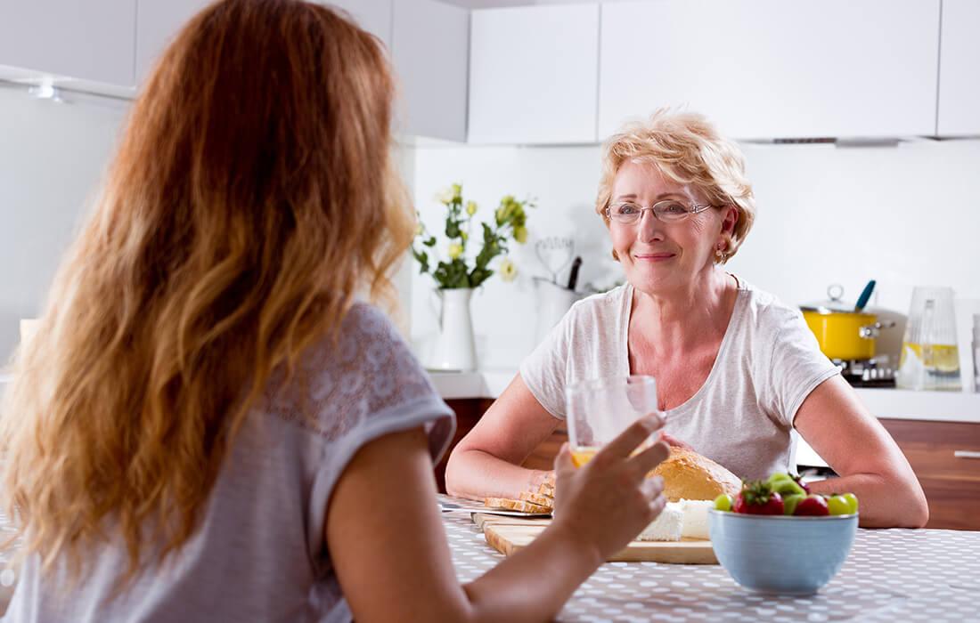 Samtale på kjøkken