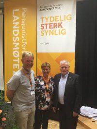 Foto: Egil Haaland. Bjørn Egeli valgt til 1. varamann i Pensjonistforbundet. Her sammen med Helga Hjertland og Jan Davidsen